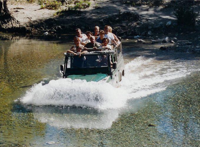 LABAS kelionių agentūra Alanijoje, kuri siūlo jums ekskursijas, pramogas, automobilių nuomos ir pervežimo paslaugas geriausiomis kainomis. Kviečiame pasinaudoti mūsų paslaugomis dabar! Susipažinkite su Turkijos istorija, keliaukite komfortabiliai ir patirkite puikiausius įspūdžius. Mes esame savo srities profesionalai, siūlantys geriausios kokybės paslaugas. Turime daugiau kaip 10 metų patirties savo darbe ir užaugome iki didžiausios lietuvių agentūros Alanijoje.